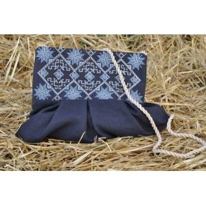 Клатч с вышивкой S16-293