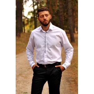 Классическая белая рубашка с вышивкой для элегантного мужчины