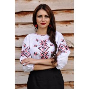 Вышиванка женская белая с красно-черной вышивкой